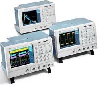 Цифровой запоминающий осциллограф с технологией «цифрового фосфора» TDS5052
